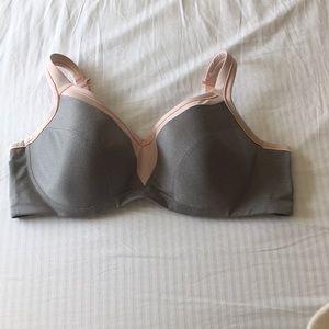 EUC Torrid Pink/Grey Sports Bra Size 42 DDD.
